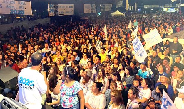 MARIO AYALA CERRÓ SU CAMPAÑA EN PLAZA BATTLE